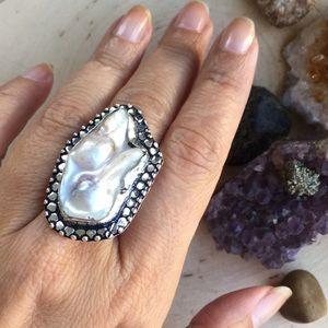 Jewelry - 🆕 Large Biwa Pearl Handmade Ring Size 8